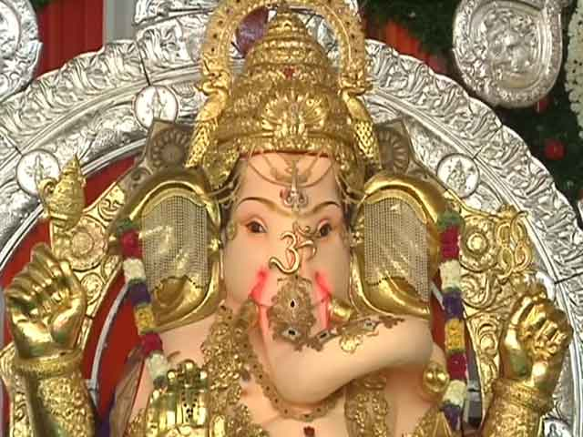 Video : In Mumbai, Ganesh Idol Insured for Rs. 300 crore