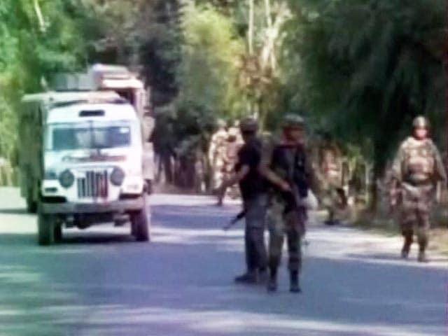 Videos : जम्मू कश्मीर में सेना के काफिले पर हमला, तीन जवान घायल