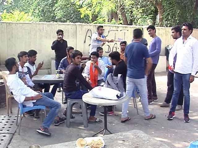 Video : डीयू चुनाव में इस साल जेएनयू की छाप, 9 तारीख़ को छात्रसंघ के चुनाव