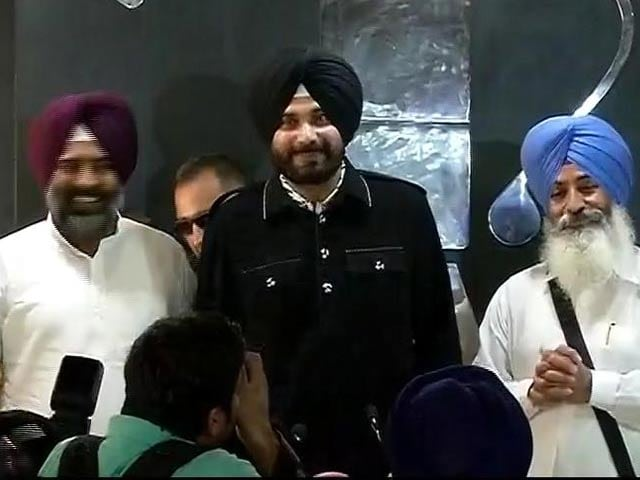 Video : Navjot Singh Sidhu Announces New Party Awaaz-e-Punjab
