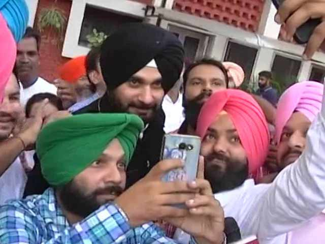 Video : How Navjot Sidhu's Siddhuisms Kept Up The Suspense In Punjab