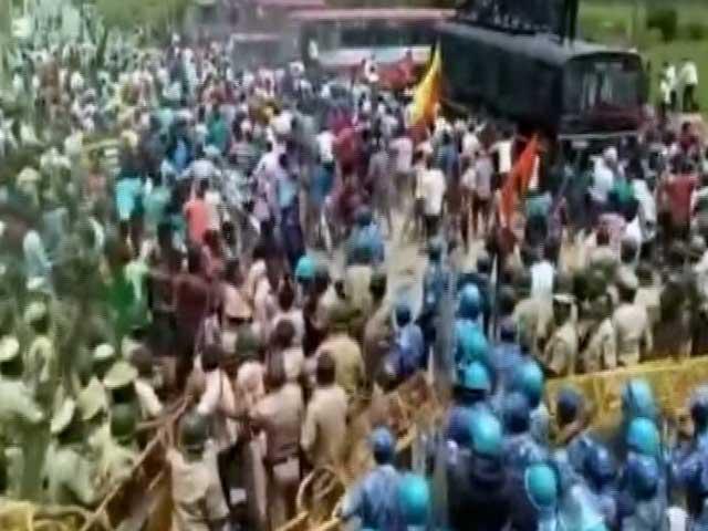 Videos : कावेरी पर भड़की आग : विरोध में कर्नाटक बंद