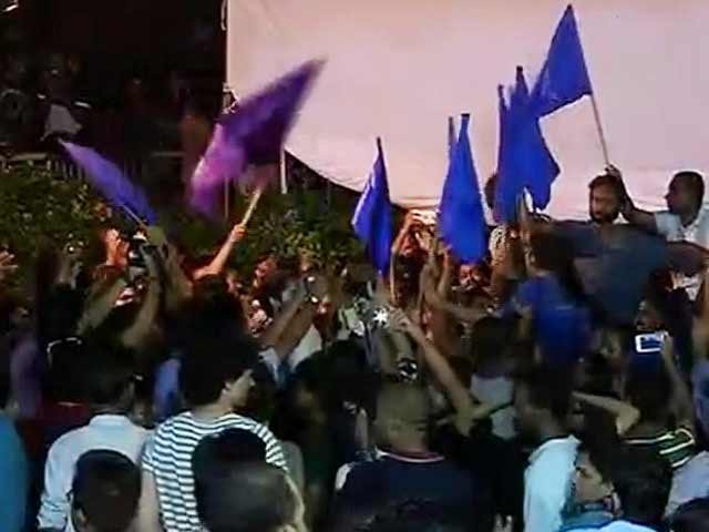 Video : Left Alliance Sweeps JNU Students' Union Elections