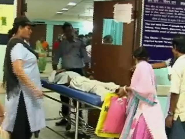 Video : दिल्ली के लोग बुखार से बेहाल, लेकिन डेंगू और चिकुनगुनिया पर राजनीति तेज़
