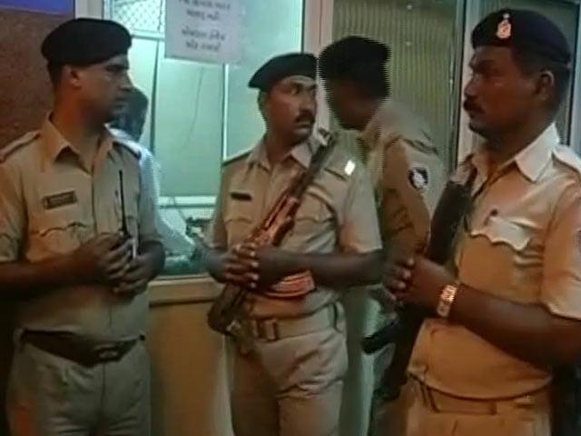 Video : गुजरात में कथित गोरक्षकों के हमले में घायल युवक की मौत