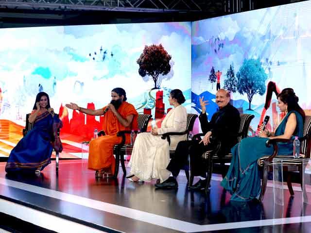 Videos : इंडिया 9 बजे : #NDTVYouthForChange चुनौतियों के समाधान बताने की कोशिश