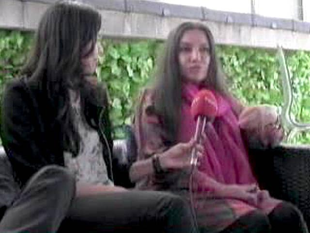 Video : Shabana Azmi Brings To Stage Her Parent's Life In UK