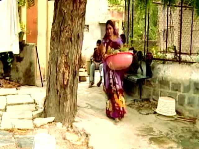 Video : Women Lead The Way In Cleaning Up This Town In Maharashtra