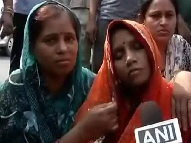 Videos : क्या दिल्ली में क़ानून का डर ख़त्म हो रहा है?