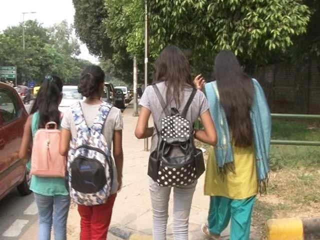 Video : दिल्ली में क्यों सुरक्षित नहीं हैं महिलाएं?