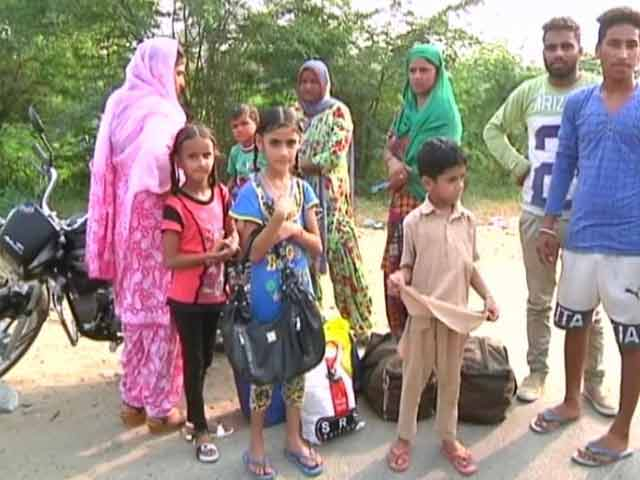 Video : Thousands Choose To Remain After Army Evacuates Border Villages In Punjab