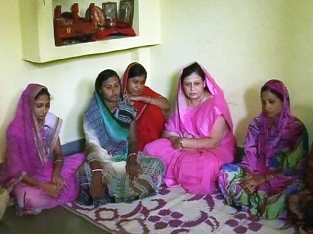 Videos : ग़लती से सीमापार पहुंचे सेना के जवान के परिवार को उसकी सुरक्षा की चिंता