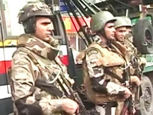 Videos : त्योहारों के मद्देनज़र दिल्ली में कड़ी सुरक्षा, दिल्ली पुलिस के 150 SWAT कमांडो तैनात