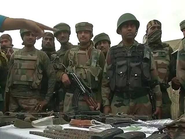 Videos : हंदवाड़ा में सेना के कैंप पर हमले की कोशिश नाकाम, तीन आतंकी ढेर