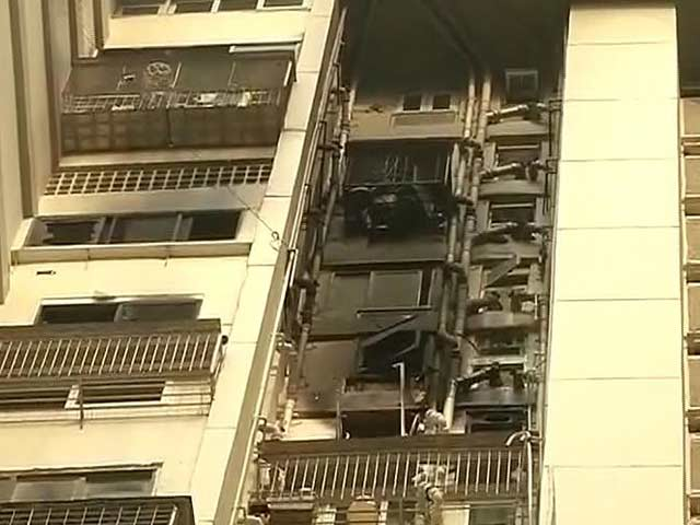 Video : 2 Dead In Fire At High-Rise In Mumbai's Cuffe Parade