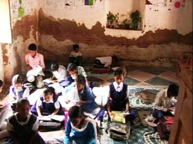 Video : Why Going To The School Has Become A Nightmare For These Students