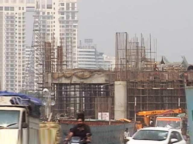 Video : How Noida-Greater Noida Metro Will Impact The Realty Sector?