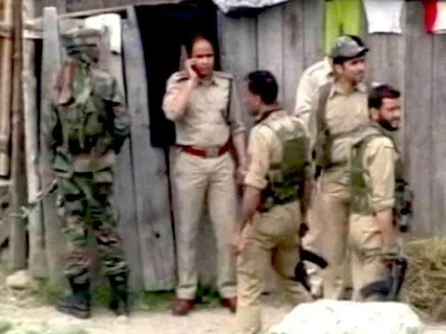 Videos : बारामुला में आतंकी गतिविधियों से जुड़े 44 गिरफ्तार
