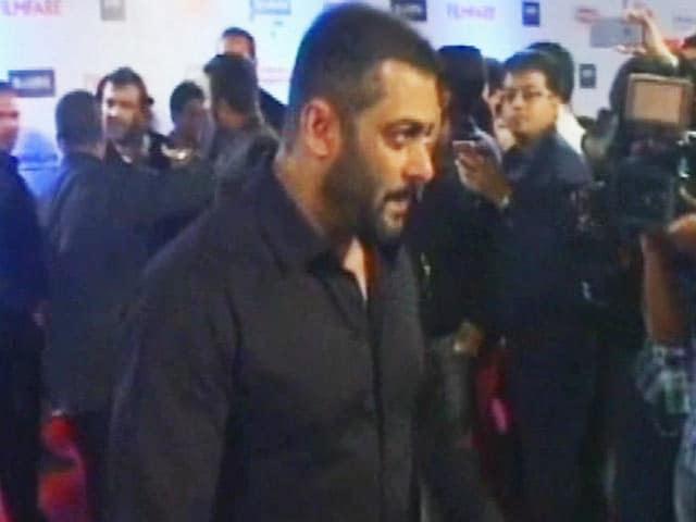 Videos : कोका कोला ने सलमान खान को दिया झटका, 'थम्स अप' के विज्ञापन में नहीं आएंगे नजर