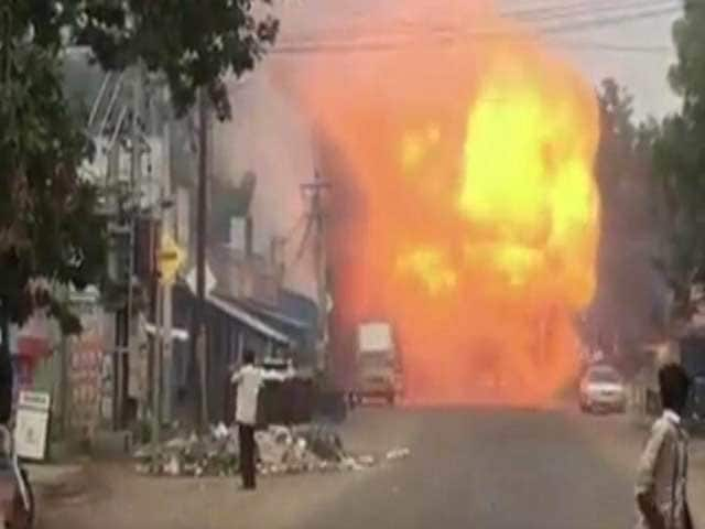 Video : 8 Die, 10 Injured In Fire At Sivakasi Cracker Factory