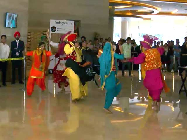 Video : New Zealand Welcomed With Bhangra Beats in Mohali