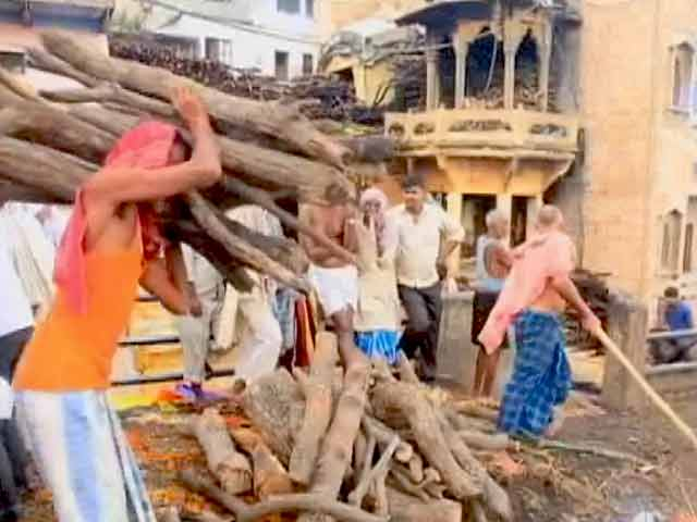 Video : बनेगा स्वच्छ इंडिया: देश के पर्यटक और धार्मिक जगहों को साफ करने की कोशिश