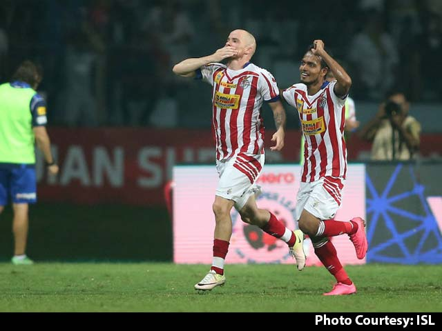 Video : ISL: Iain Hume Guides Atletico de Kolkata to Win vs Delhi Dynamos