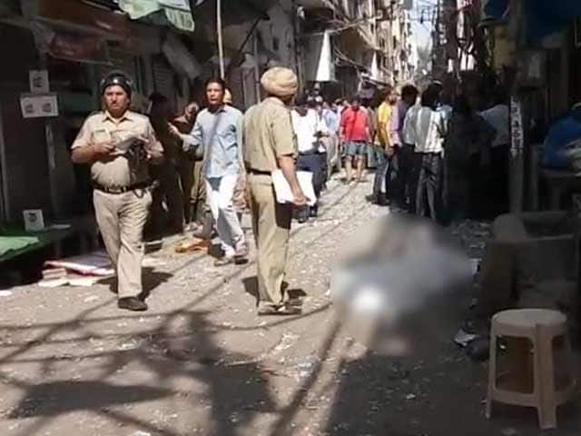 Video : Blast In Naya Bazar Of Delhi's Chandni Chowk, 1 Reported Dead