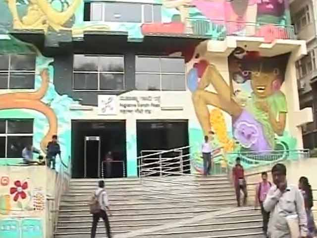 Video : Public Art Finds A Foothold At Bengaluru's Metro Stations