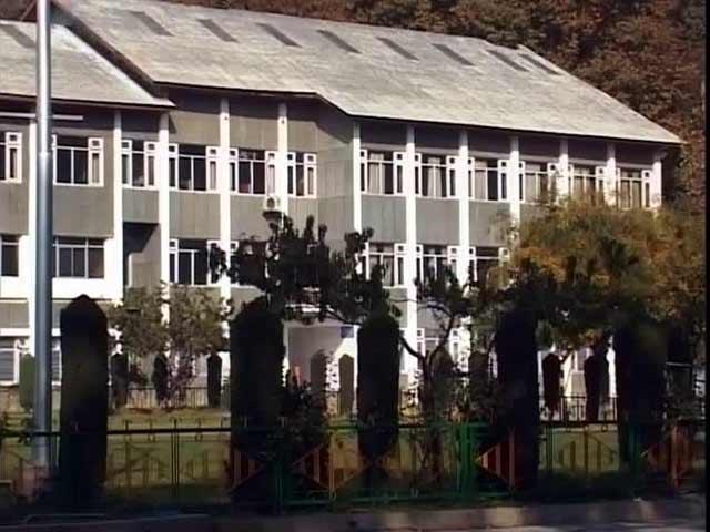 Video : Kashmir Calm, But Schools Still Face Lockdown