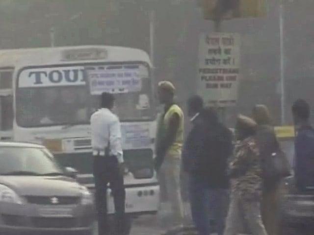 Video : इंडिया 7 बजे : दिल्ली में दिवाली से पहले बढ़ा प्रदूषण