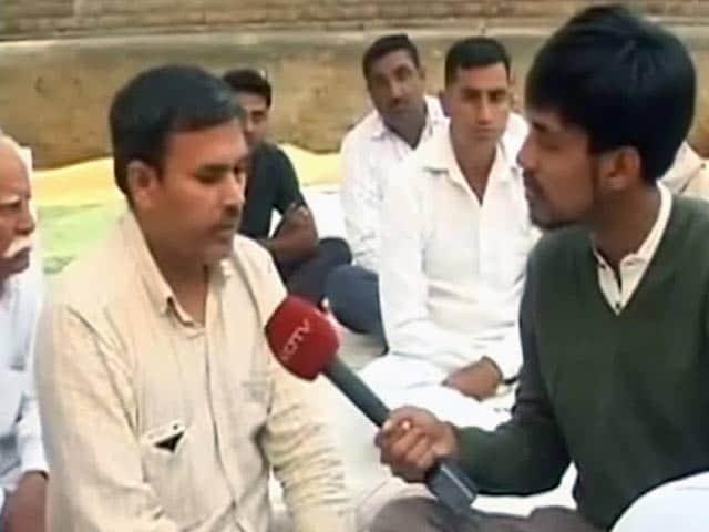 Videos : शहीद मंदीप के सम्मान में इस साल उनके गांव में नहीं मनाई जाएगी दीवाली