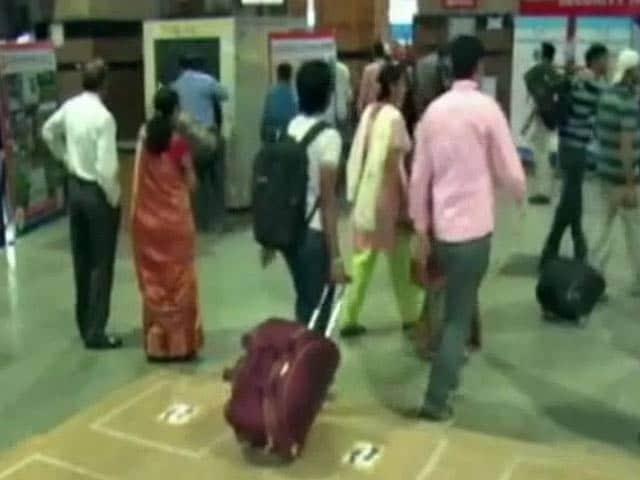 Video : खास तकनीक से लैस हुआ नागपुर स्टेशन, आपके कदम रखते ही बिखरेगी रोशनी