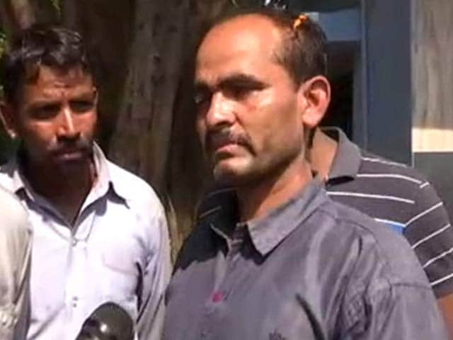 Video : Bhopal Jail Officer Who Was Tied Up by SIMI Prisoners Shares His Account