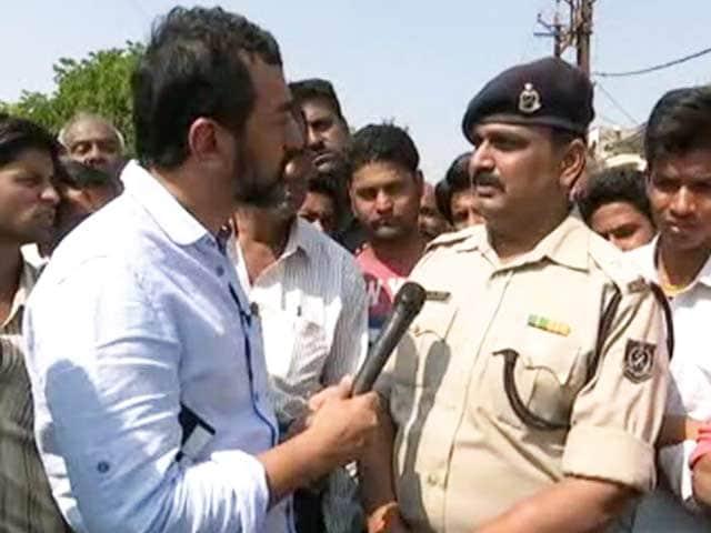 Video : सिमी से जुड़े इतने कैदी एक जेल में होंगे तो ऐसा होगा ही : NDTV से भोपाल जेल के जेलर