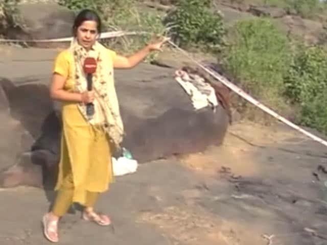 Videos : फरार कैदियों का एनकाउंटर : ईंटखेड़ी गांव से NDTV इंडिया की ग्राउंड रिपोर्ट