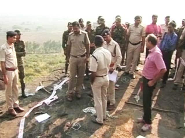 Videos : इंडिया 7 बजे : भोपाल मुठभेड़ पर और गहराए सवाल