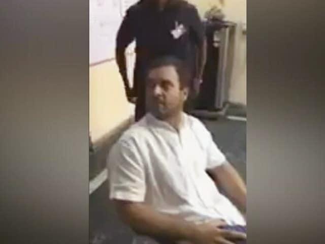 Video : जानें पुलिस हिरासत में राहुल गांधी ने क्या कहा