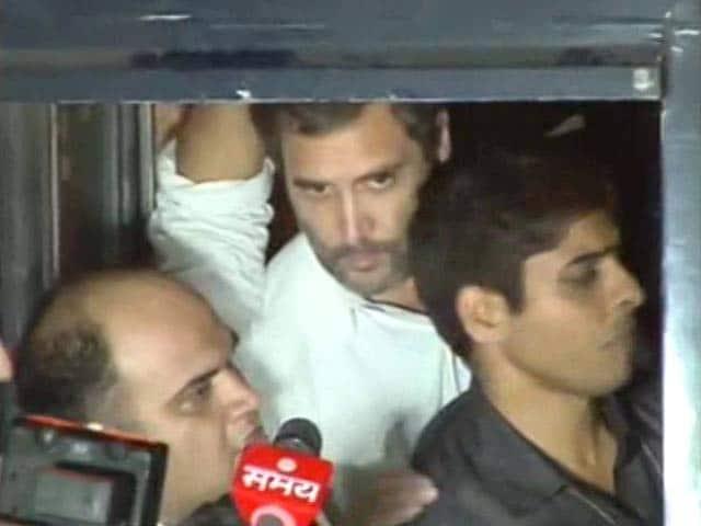 Video : पूर्व सैनिक खुदकुशी मामला : राहुल गांधी को दिल्ली पुलिस ने फिर हिरासत में लिया