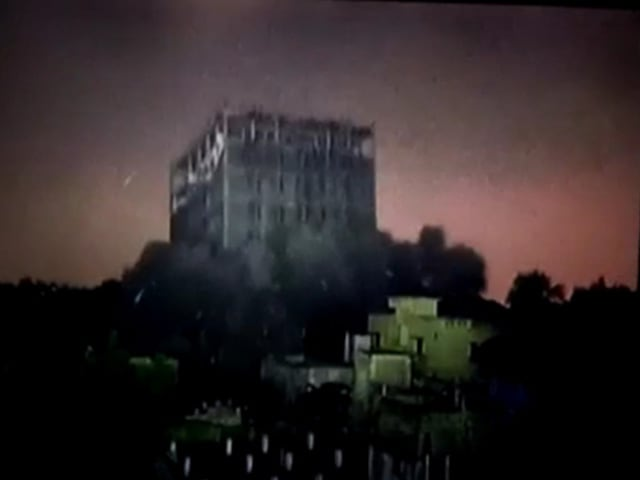 Video : Watch: 11-Storey Building In Chennai Reduced To Rubble In Seconds