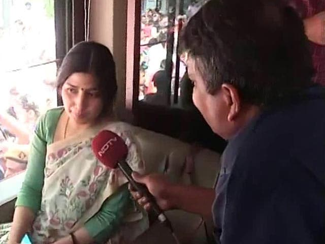 Video : Akhilesh Yadav's Wife Dimple to NDTV on Family Feud
