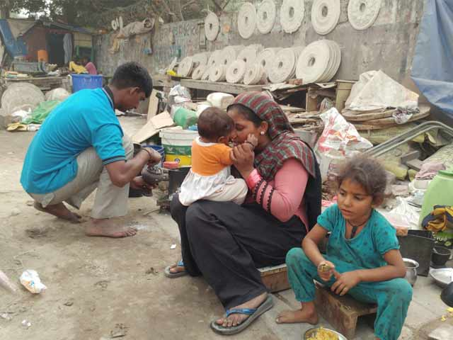 Video : Delhi Pollution Crisis Worst For Those Left On The Streets