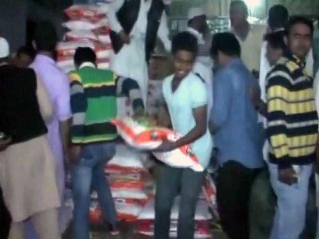 Videos : अफ़वाह के कारण कई जगहों पर 200 रुपये किलो नमक!
