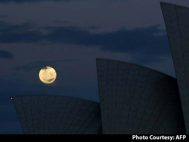 Supermoon Latest News Photos Videos On Supermoon Ndtv Com
