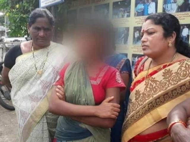 Video : Hyderabad Lawyers, Father And Son, Accused Of Repeatedly Raping Teen Help