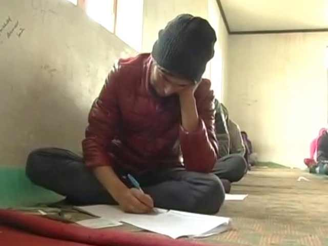 Video : Surgery Can Wait, Exams Can't, Says Teen Almost Blinded by Pellets In Kashmir