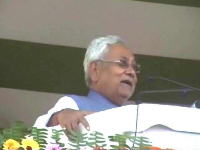 Video : Opposition Attacks PM Modi On Notes Ban. Nitish Kumar Disagrees. Strongly