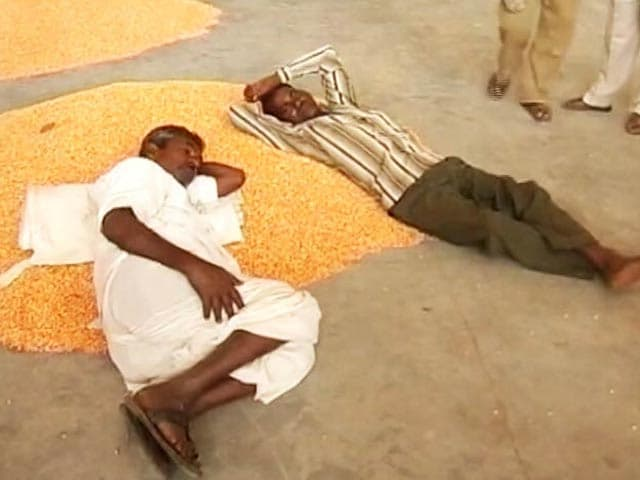 Video : In Cash Starved Rural Telangana, Farmers Desperate For 'Change'