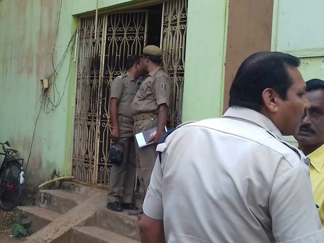 Video : 1.15 Crore Robbed From Odisha Bank, All In Banned Rs 500, 1,000 Notes