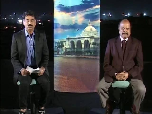Videos : यूपी का महाभारत : मुलायम के बर्थडे पर ना जश्न, ना जलसा!